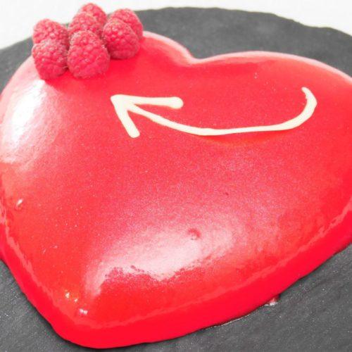 Mousse vanille et framboise en forme de coeur