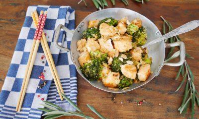 Wok Saumon sauté au brocoli et au quinoa – Recette du livre Wok de Audrey Le Goff