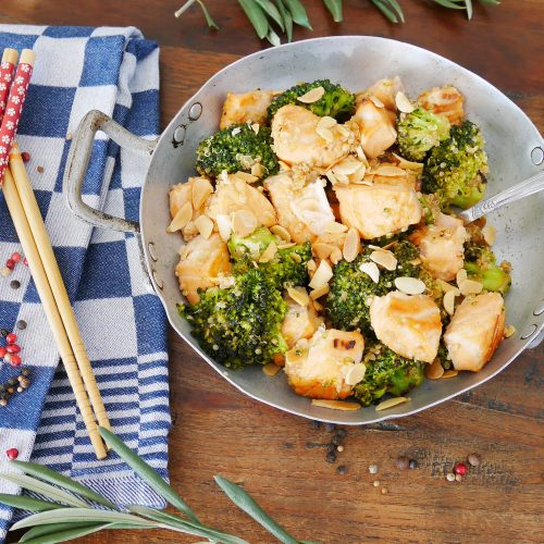 Wok saumon au brocoli et au quinoa