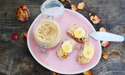 Comment faire du beurre de cacahuètes maison? Recette ultra facile!