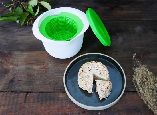 Test : Faire du fromage frais maison avec le kit Cheese Maker de Lékué