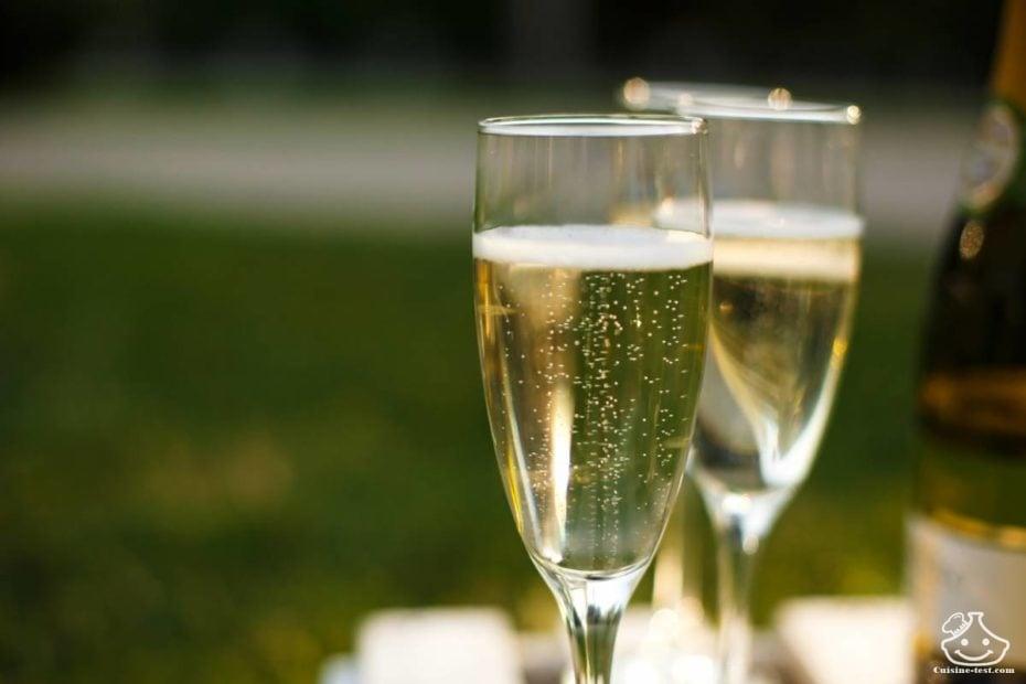 presenter-champagne