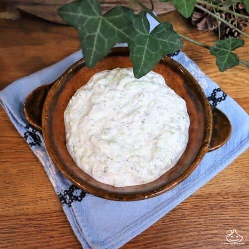 Sauce grecque au concombre Tzatziki